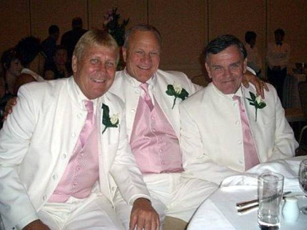 Barry Switzer is flanked by Gene Hochevar (left) and Jerry Pettibone (right) at Louis Oubre's wedding. (PHOTO PROVIDED)