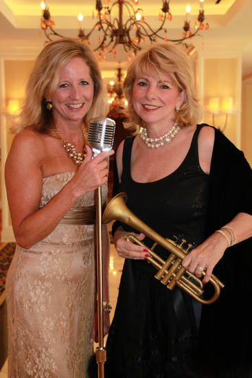Susan Chambers and Susan Turpen chaired Lyric's Broadway Ball.