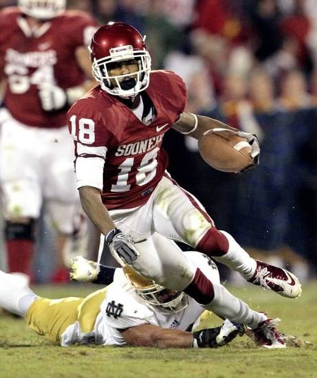 OU�s Jalen Saunders caught 15 passes for 181 yards in Saturday�s loss to Notre Dame. Photo by Steve Sisney, The Oklahoman