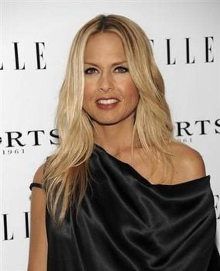 Television personality Rachel Zoe arrives at the ELLE Women in Television dinner in West Hollywood, Calif. on Thursday, Jan. 27, 2011. (AP Photo/Dan Steinberg)
