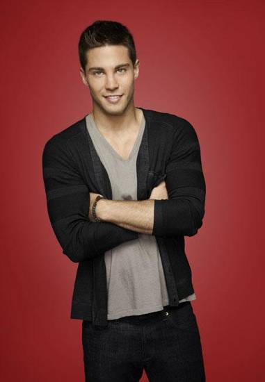 Dean Geyer - Fox Photo