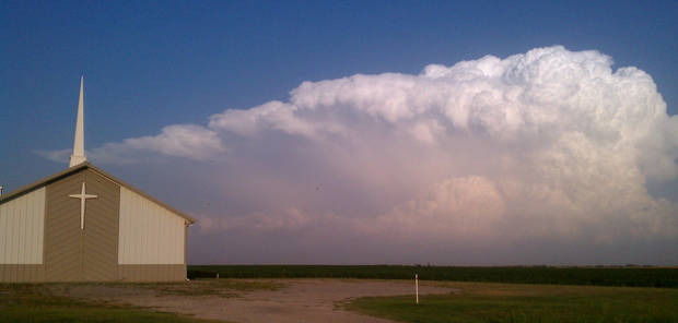 TStorm near Pioneer High School, Just South of Enid 5-28-12