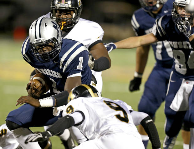 Edmond North's Michael Farmer runs for a touchdown during a high school football game against Midwest City at Wantland Stadium in Edmond, Thursday, October 25, 2012. Photo by Bryan Terry, The Oklahoman