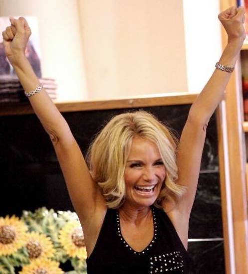 Kristin Chenoweth, no match for The Pioneer Woman.