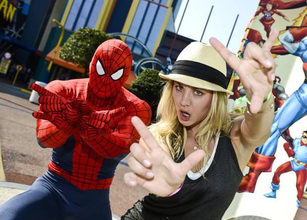 """The Big Bang Theory""  Celebrity Kaley Cuoco ""Penny"" with Spiderman at MSHI  in IOA"