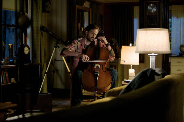 "GRIMM -- ""Lonelyhearts"" Episode 105 -- Pictured: Silas Weir Mitchell as Monroe -- Photo by: Scott Green/NBC"