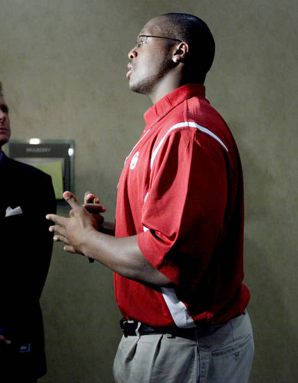 Oklahoma's Gerald McCoy is interviewed during the Big 12 Conference Football Media Days in Irving, Texas, Tuesday, July 28, 2009. Photo by Bryan Terry, The Oklahoman