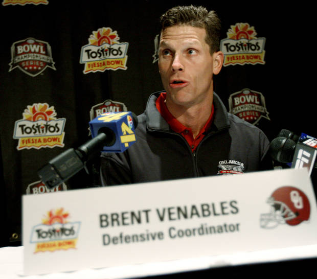 OU defensive coordinator Brent Venables talks during a press conference in Scottsdale, Ariz., on Sunday, Dec. 30, 2007.  The University of Oklahoma collegefootball team will play West Virginia in the Fiesta Bowl on Jan. 2, 2008.  BY BRYAN TERRY, THE OKLAHOMAN