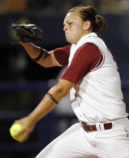 Charlotte Morgan (34) pitches for Alabama during the softball game in the Women's College World Series between Louisiana-Lafayette and Alabama at ASA Hall of Fame Stadium in Oklahoma City, Saturday, May 31, 2008. BY NATE BILLINGS, THE OKLAHOMAN
