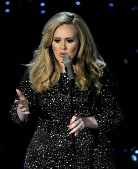 "Adele sings ""Skyfall"" on the Oscars. (AP)"