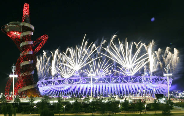 Fireworks go off during the closing ceremony at the 2012 Summer Olympics, Monday, Aug. 13, 2012, in London. AP photo