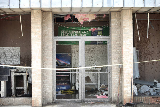 Moore Post Office deserted in the May 20th tornado, Thursday, May 23, 2013.  Photo by David McDaniel, The Oklahoman