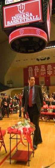 Indiana University's new college basketball coach, former University of Oklahoma (OU) head coach Kelvin Sampson, is introduced to media and fans on the floor of the court Wednesday, March 29, 2006. By David Snodgress, Herald-Times