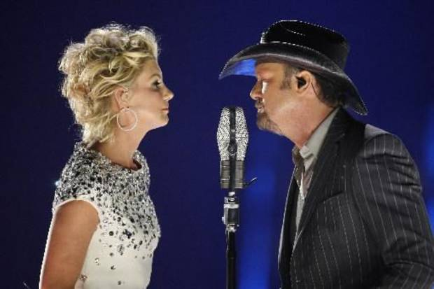 Faith Hill and Tim McGraw (AP file)