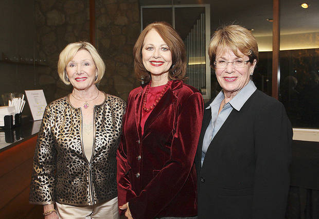 Sara Threadway, Kaye Adams, Carol Harr.