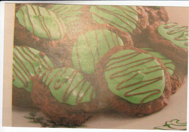 "#4 top voted cookie in our ""12 Days of Cookies"" contest brought to you by Hiland is from Edra Hawkins."
