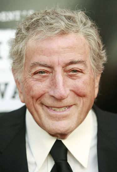 Tony Bennett arrives at the Los Angeles Film Festival Spirit of Independence Award ceremony honoring Clint Eastwood in Los Angeles on Thursday, June 28, 2007. (AP Photo/Matt Sayles) ORG XMIT: CAMW104