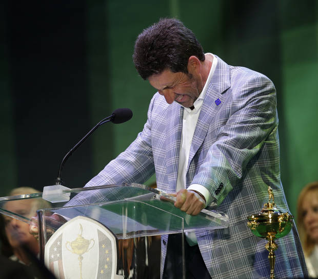 European team captain Jose Maria Olazabal breaks down as he speaks at the closing ceremony at the Ryder Cup PGA golf tournament Sunday, Sept. 30, 2012, at the Medinah Country Club in Medinah, Ill. (AP Photo/David J. Phillip)  ORG XMIT: PGA252
