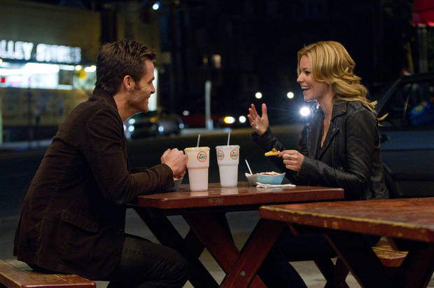 "Chris Pine and Elizabeth Banks appear in a scene from ""People Like Us."" DreamWorks photo <strong></strong>"