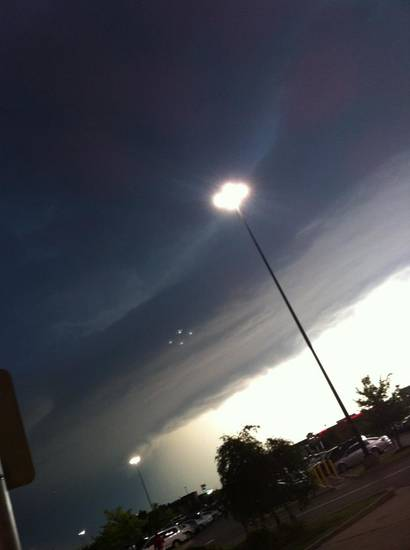 UFO in yesterday\'s storm sky