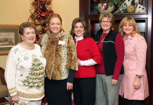 GIRLS ONLY....Virginia Robertson, Connie Baker, Karla Cohlmia, Sharyl Thompson, Ann McBride were at the Delta Delta Delta Alumnae ornament exchange party. (Photoby David Faytinger).
