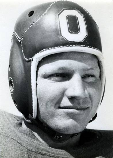 Cliff Speegle. FROM THE OKLAHOMAN ARCHIVES <strong>Picasa</strong>