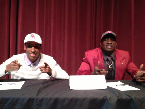 L.J. Moore and Hatari Byrd, University of Oklahoma (OU) college football signees. PHOTO PROVIDED