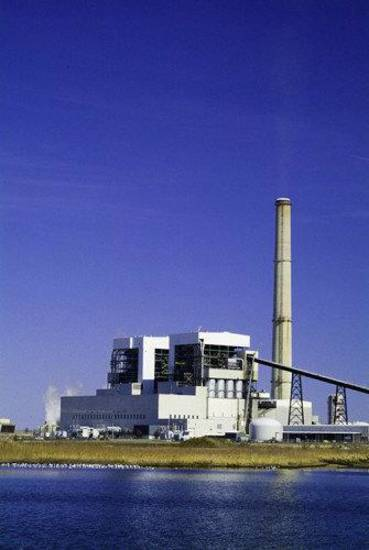 Public Service Co. of Oklahoma operates this coal-fired power plant near Oologah. <strong> - provided</strong>