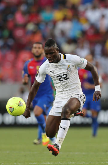 Ghana's Wakaso Mubarak controls the ball during the quarter final African Cup of Nations soccer match against Cape Verde at the Nelson Mandela Bay Stadium in Port Elizabeth, South Africa, Saturday Feb. 2, 2013. (AP Photo/Themba Hadebe)