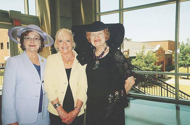 Wanda Davidson, Shelly Fleet, Virginia Campbell.