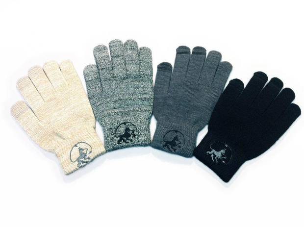 Conductive fingertips in these WEARCOM Touchscreen Gloves let you operate the screen of your device while you're still wearing them. PHOTO PROVIDED. <strong></strong>