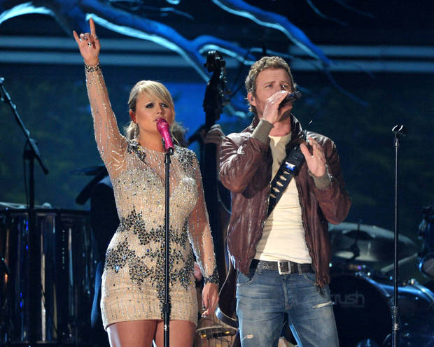 Recording artists Miranda Lambert, left, and Dierks Bentley perform at the 55th annual Grammy Awards on Sunday, Feb. 10, 2013, in Los Angeles. (Photo by John Shearer/Invision/AP) ORG XMIT: CASH144