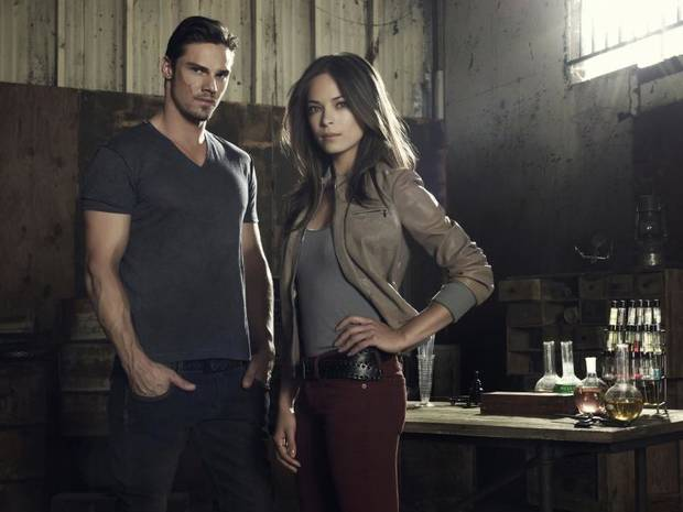 BEAUTY AND THE BEAST Image Number: BB1_2Shot_Lair_0530r.jpg. Pictured (L-R): Jay Ryan as Vincent and Kristin Kreuk as Catherine. Photo Credit: Frank Ockenfels 3/The CW. © 2012 The CW Network, LLC. All rights reserved.