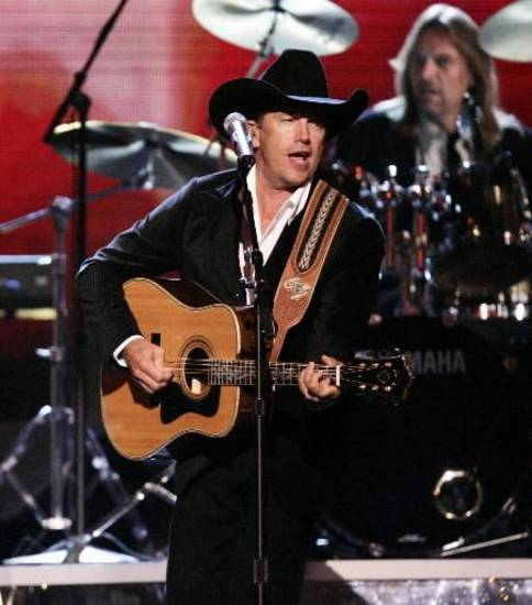 George Strait (Associated Press photo)