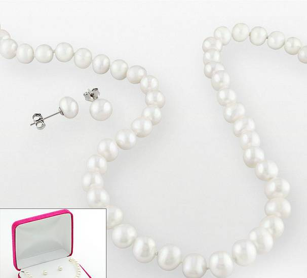 Cultured pearl necklace and earring set at Kohl's