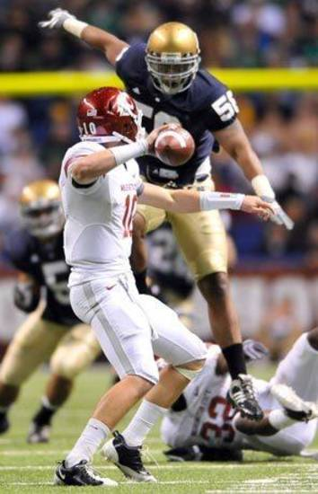 Washington State hopes QB Jeff Tuel can spark a turnaround.