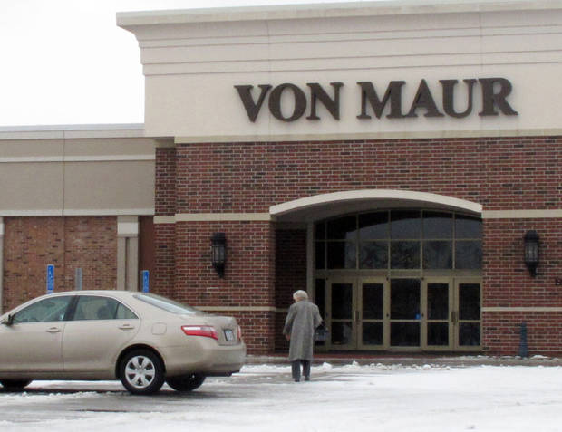 Von Maur wants to bring its brand of department stores to Oklahoma by 2013, according to a survey by Chain Store Age magazine. AP Photo