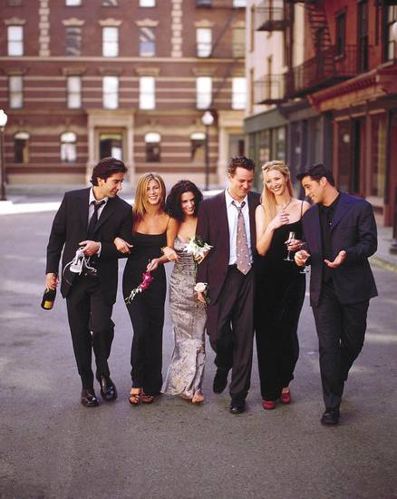FRIENDS -- NBC Series -- Pictured: David Schwimmer as Ross Geller, Jennifer Aniston as Rachel Green, Courteney Cox as Monica Geller, Matthew Perry as Chandler Bing, Lisa Kudrow as Phoebe Buffay, Matt LeBlanc as Joey Tribbiani -- Photo Provided By: Warner Bros.