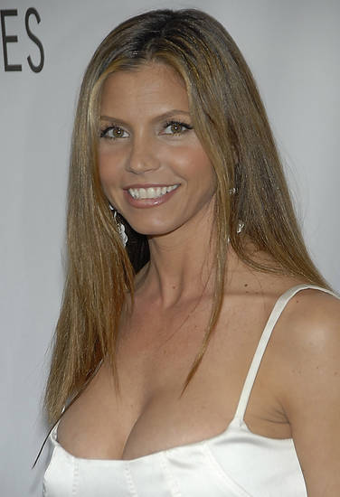 Actress Charisma Carpenter poses on the press line at the Buffy the Vampire Slayer reunion and panel discussion at PaleyFest 2008 in Los Angeles on Thursday, March 20, 2008. (AP Photo/Dan Steinberg)