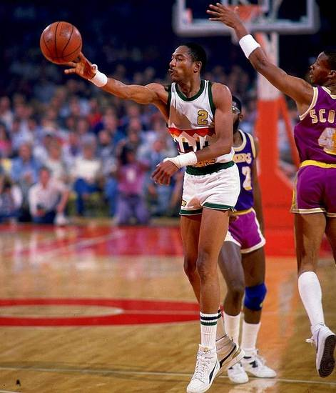 Denver's Alex English had 47 points the same night teammate Kiki Vandeweghe scored 51.