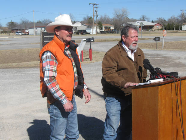 Comanche County Sheriff Kenny Stradley, left, and OSBI Agent In Charge Richard Goss discuss today's Amber Alert.