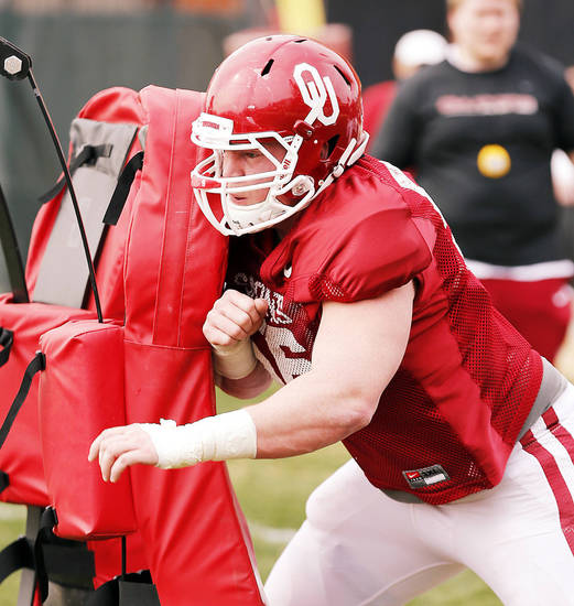 Offensive lineman Ty Darlington participates in Sooner spring football drills at University of Oklahoma (OU) on Tuesday, March 12, 2013 in Norman, Okla.  Photo by Steve Sisney, The Oklahoman
