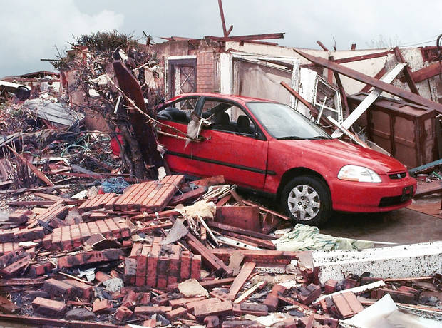 MAY 3, 1999 TORNADO: Tornado damage: Area of NW 27TH AND I-35 IN MOORE OKLA.    Oklahoman reporter Nolan Clay's house on the corner of Bellaire and Cedar Lane in Moore.  (Nolans Clay's housing addition Highland Park) Just south of the First Baptist Church.