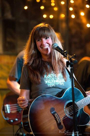 Red dirt singer-songwriter Susan Herndon performs at the 2013 Woody Guthrie Folk Festival in Okemah. Photo by Vicki Farmer.