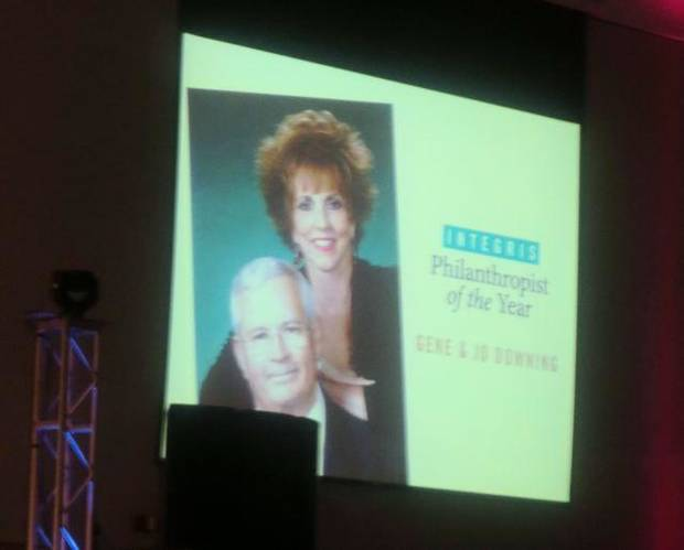 Gene and Jo Downing were introduced as the Integris Philanthropists of the Year at the Integris Gala. Entertainment and dance music was provided by Satisfaction, a Rolling Stones Experience. (Photo by Helen Ford Wallace).