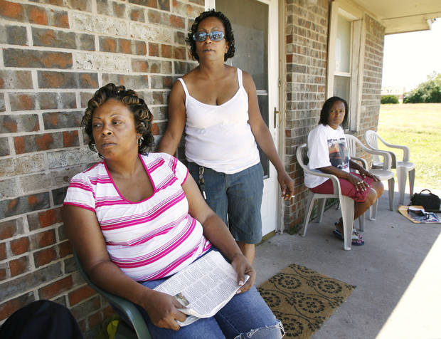Three sisters, Cleta Jennings, Antwun Parker's mother, Sharon Jennings, Antwun's aunt, and Sheila Osborn, Antwun's aunt, on Sharon's front porch talking about Antwun in Oklahoma City Friday, May 29, 2009.  Photo by Paul B. Southerland, The Oklahoman