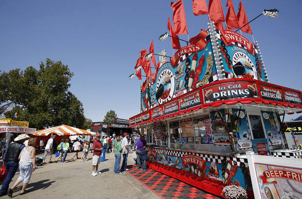 Fairgoers line up at a food vendor at the Oklahoma State Fair on Saturday, Sep. 22, 2012. Photo by Jim Beckel, The Oklahoman.