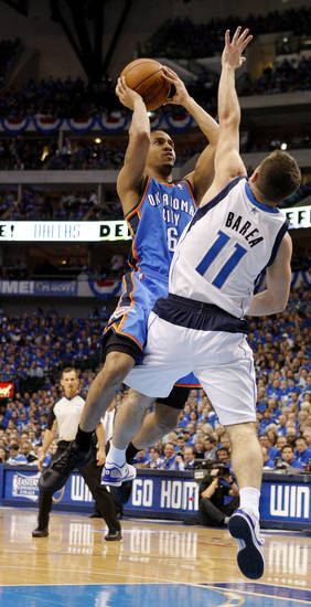 Oklahoma City&#039;s Eric Maynor (6) shoots the ball over Jose Juan Barea (11) of Dallas during game 2 of the Western Conference Finals in the NBA basketball playoffs between the Dallas Mavericks and the Oklahoma City Thunder at American Airlines Center in Dallas, Thursday, May 19, 2011. Photo by Bryan Terry, The Oklahoman