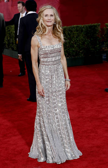 Holly Hunter arrives at the 61st Primetime Emmy Awards on Sunday, Sept. 20, 2009, in Los Angeles. (AP Photo/Matt Sayles) ORG XMIT: CAKV284