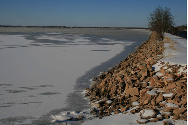 Lake Overholser after winter storm of 2007<br/><b>Community Photo By:</b> Cindi Tennison<br/><b>Submitted By:</b> Cindi , Bethany